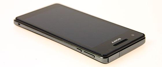 Sony Mobile Xperia T Onderkant