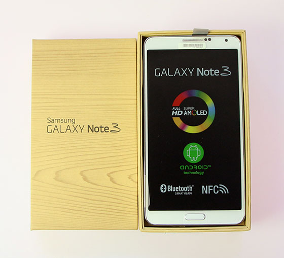 Samsung-Galaxy-Note-3-Unboxing-1