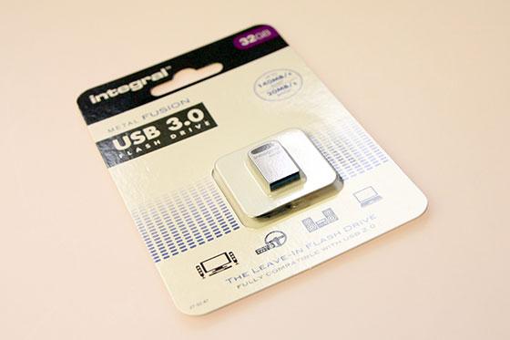 Integral-Metal-Fusion-32GB-Packshot