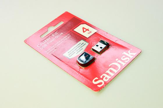 SanDisk Cruzer Fit 8523