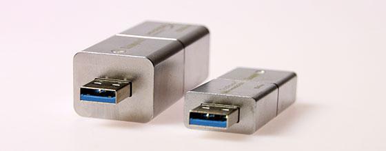 Kingston-Predator-USB-3.0-512GB-Plug