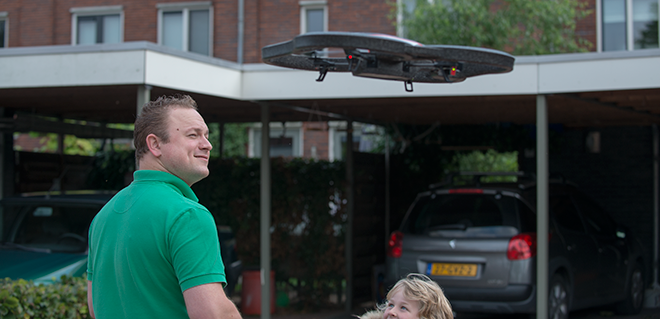 Parrot AR.Drone 2.0 Moodshot