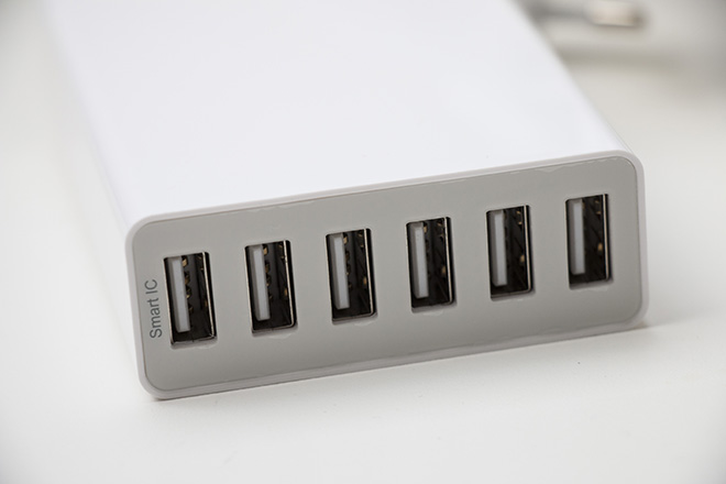 Anidees 6 Port USB Charger 50W Detail