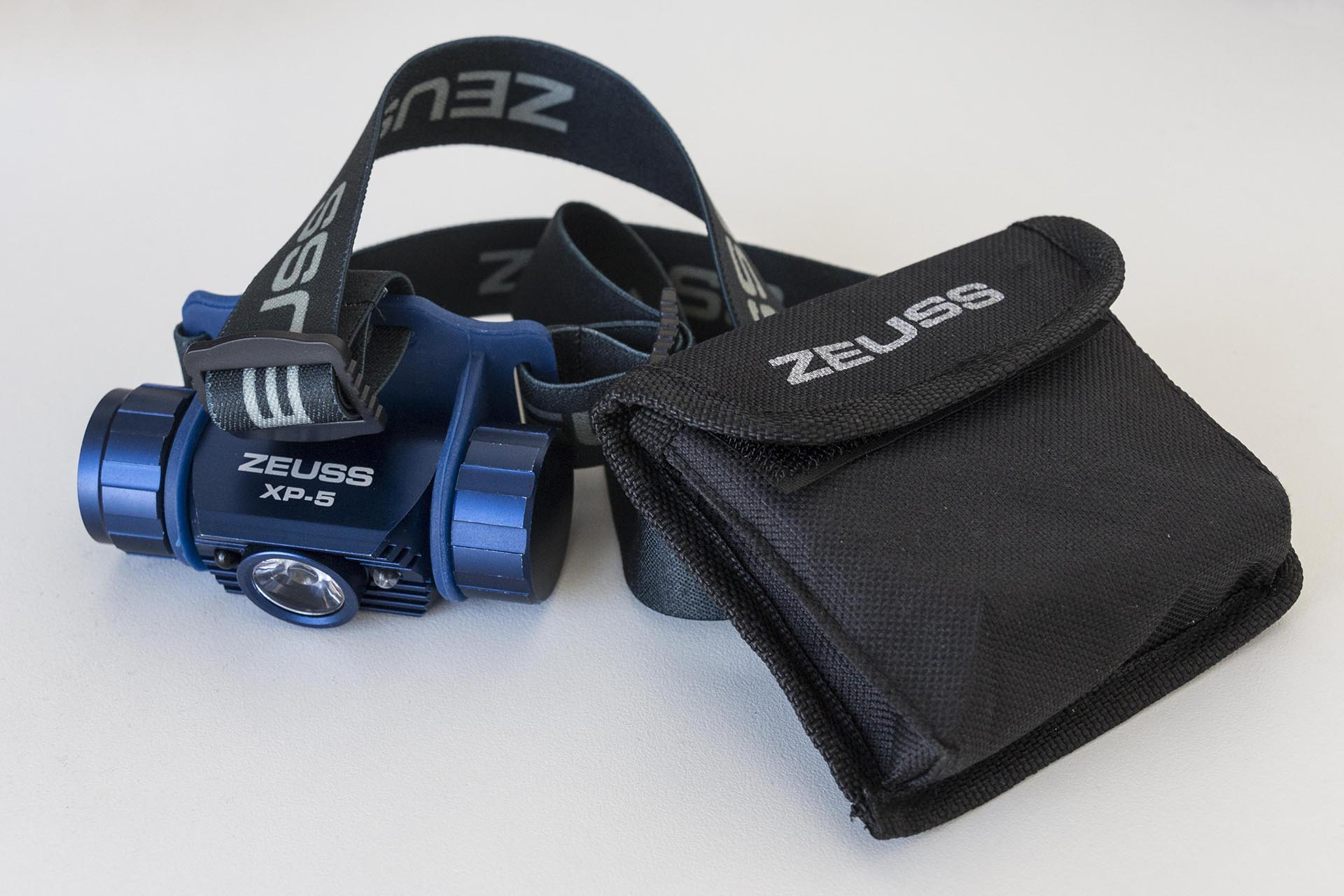 Zeuss XP-5 LED Headlamp_MG_0161