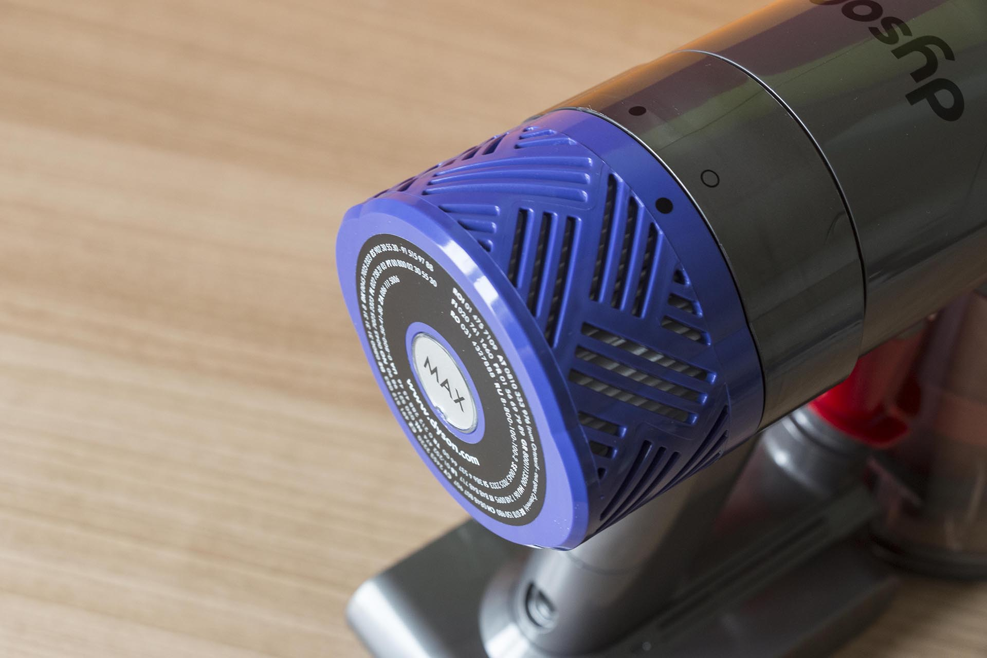 dyson v6 slim how to clean filter