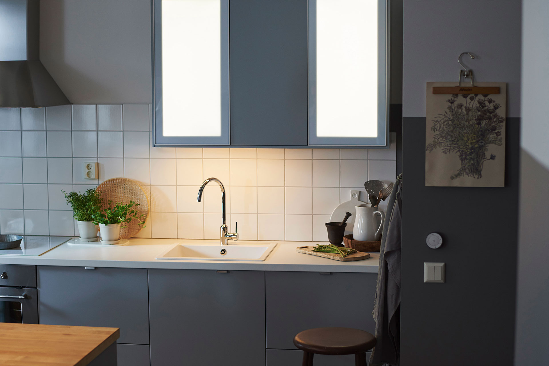 ikea gaat iot met slimme led lampen. Black Bedroom Furniture Sets. Home Design Ideas