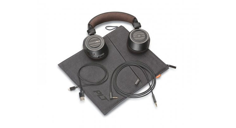 plantronics-backbeat-pro-2-unboxed