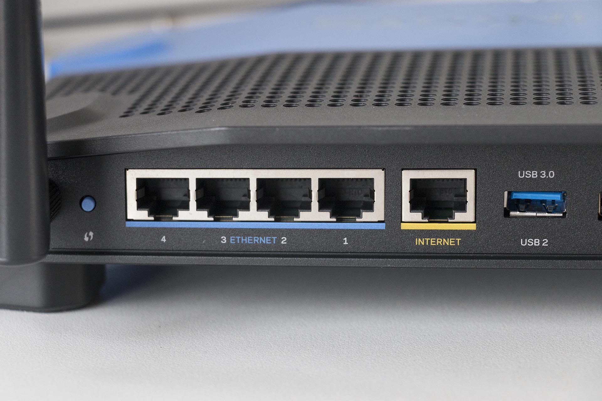 linksys-wrt1900acs_mg_2689
