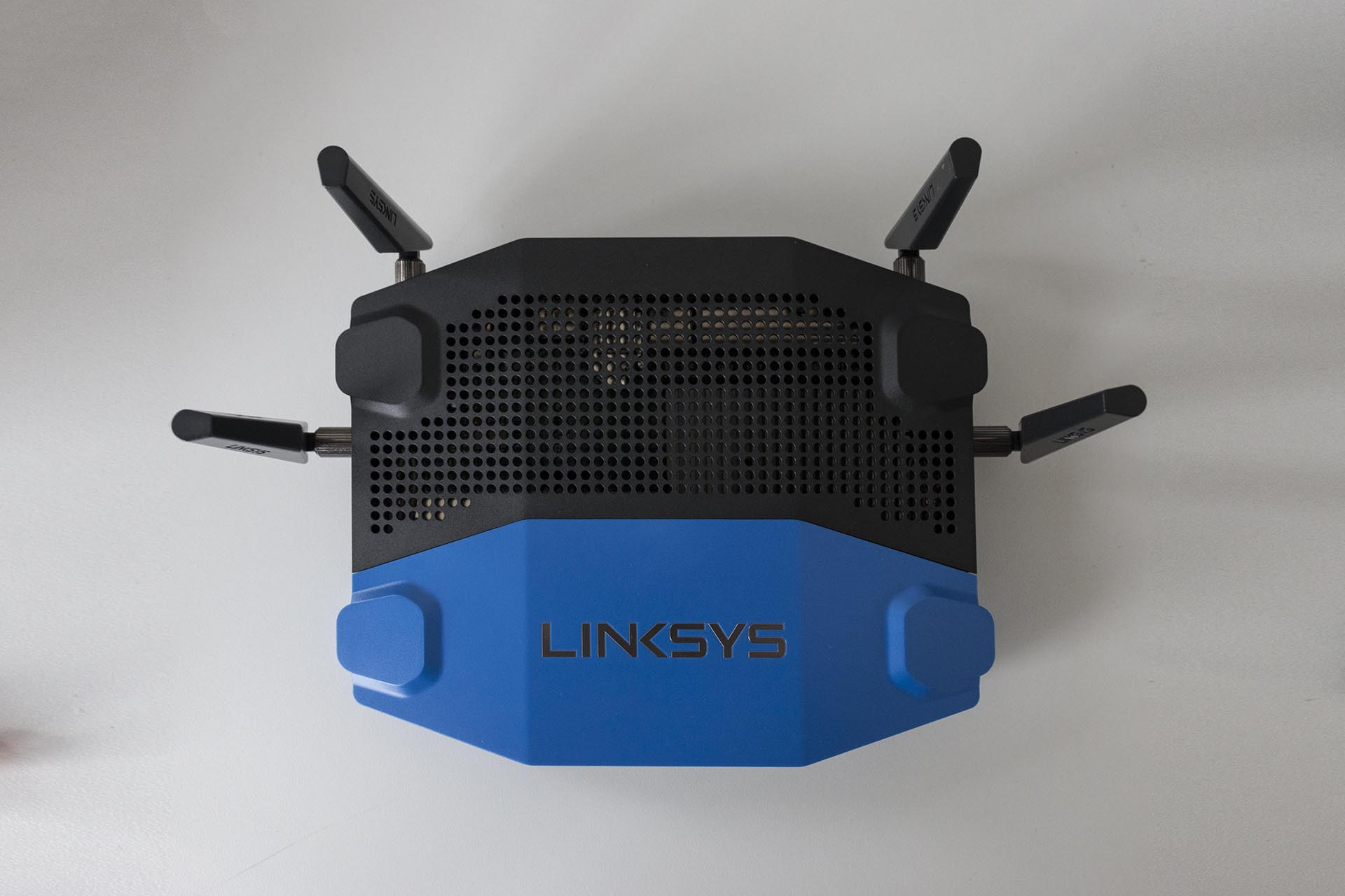 linksys-wrt1900acs_mg_2692