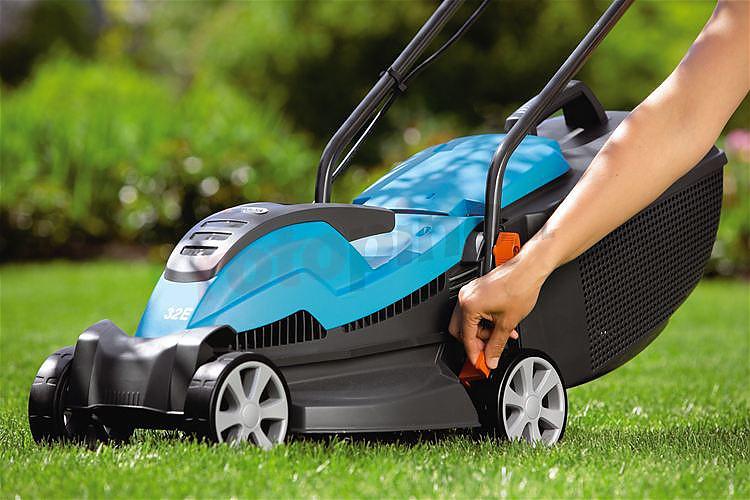 review gardena powermax 32 1200 elektrische grasmaaier. Black Bedroom Furniture Sets. Home Design Ideas