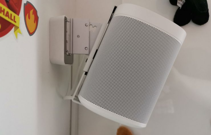 Vogel's Wall Mount for Sonos One & Play:1 zijkant