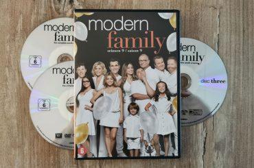 Modern Family Seizoen 9 DVD