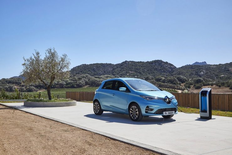 Renault Zoe aan de Lader