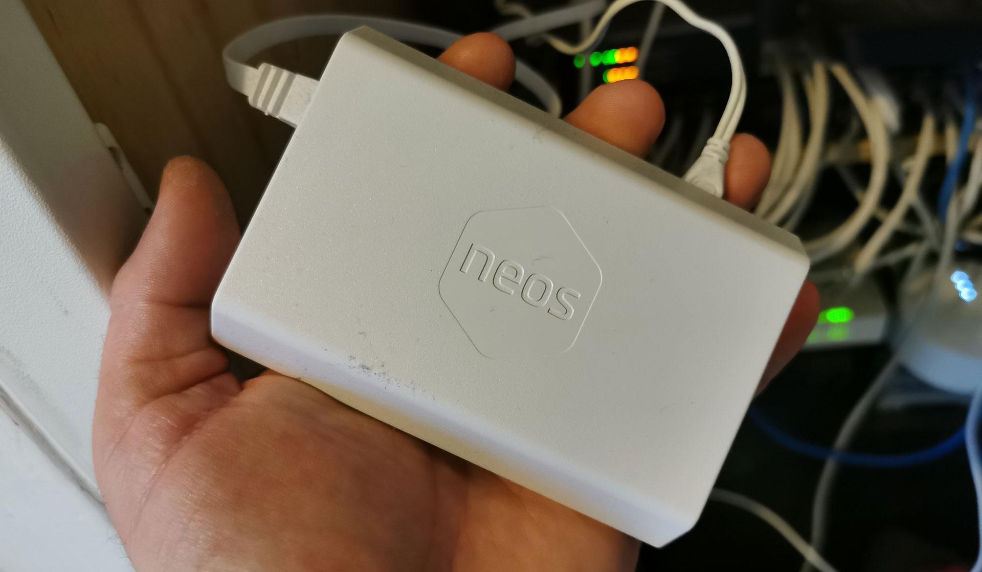 Neos Hub op basis van Raspberry Pi