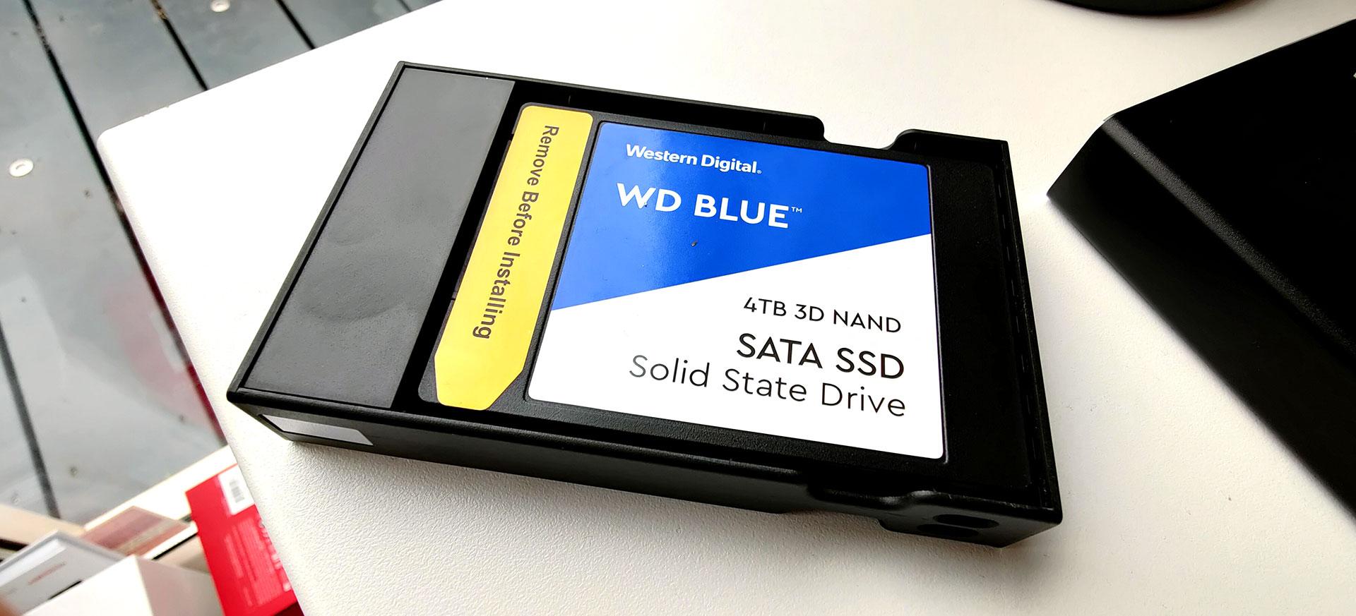 WD Blue 4TB in de Ewent EW7077